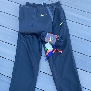Women's thermafit sweatsuit, socks, and hair ties